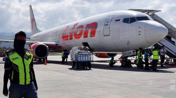 Indonesisk fly med 188 personer om bord styrter ned i havet