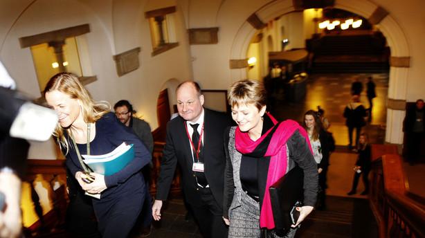 Liveblog om regeringskrise: Nu mødes blå blok - Pape ser intet kompromis