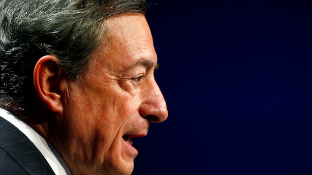 Mario Draghi leverer hele pakken: Rentesænkning, obligationskøb og foliorammer til bankerne