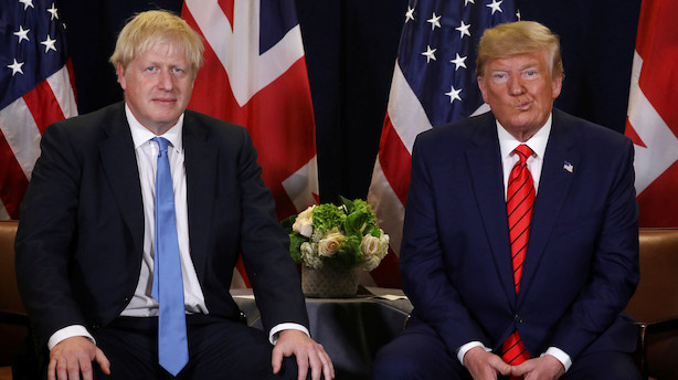 Trump inviterer Boris Johnson på besøg i Det Hvide Hus