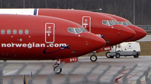 Norwegian: Bestyrelsformanden træder af