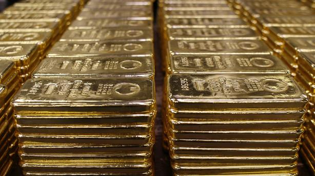 Aktiepanik sender investorer på guldjagt: Højeste prisniveau i et år