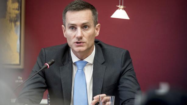 Jarlov afviser at komme ud i alle afkroge af hvidvasksag: Det ville koste et trecifret milliardbeløb