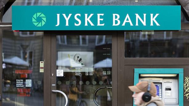 Aktier: Jyske og Sydbank steg på klangen af bryllupsklokker