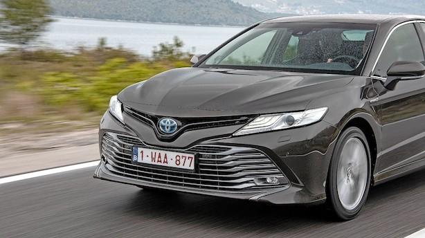 Første test: Toyota Camry gør et vellykket comeback som hybridbil