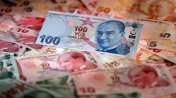 Tyrkiske lira kraftigt svækket - falder mere end 10 pct