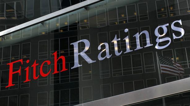 Fitch forudser gradvist fald i olieprisen de kommende år