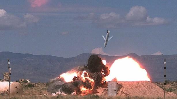 """""""Før og efter billeder"""" skal bevise at våbengigantens super-missiler er alle milliarderne værd"""