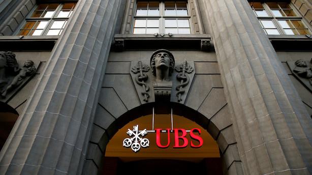 Schweiziske storbanker kæmper om at øge negative indlånsrenter for kunder mest muligt