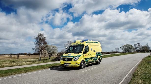 Falcks driftsoverskud i Danmark er næsten halveret