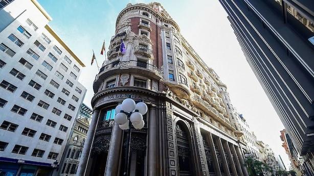 Fond bag storbank flytter hovedsæde fra Catalonien