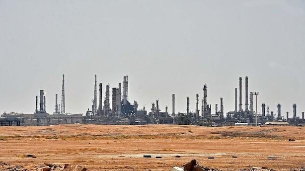 Råvarer: Olien løftes i afventende marked efter Saudi-angreb