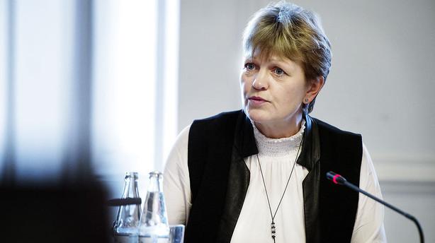 Rød blok skærper ministerkritik: Kræver åben hastehøring