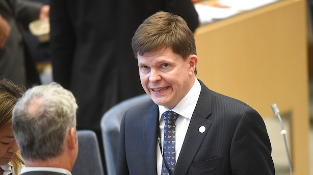 Det svenske parlament har valgt ny formand fra Moderaterne
