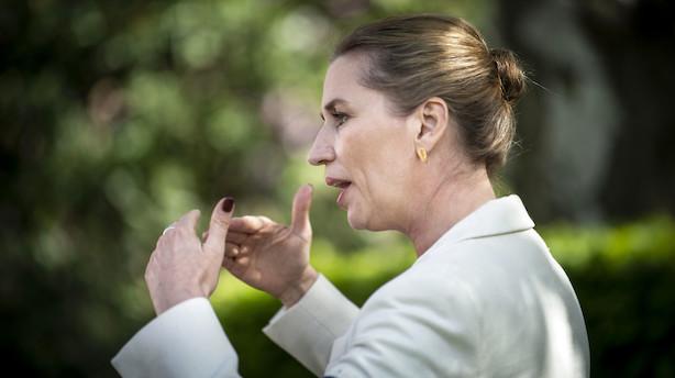 Nu overvejer Mette Frederiksen at hæve cigaretpriser for unge