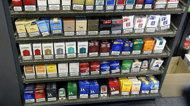 Tobaksbranche vender tomlen ned til neutrale cigaretpakker uden logo: En krænkelse af os