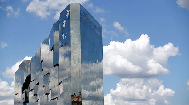 Fransk storbank sænker forventninger og sætter gang i ny spareplan