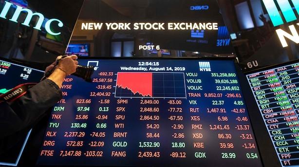Aktieluk i USA: Frygten fik fat - dybe kursfald efter recessionssignal