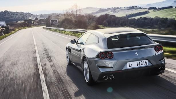 Mægtig Ferrari får V8-lillebror