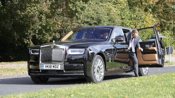 Gennem Hellerup i Rolls-Royce Phantom: Herskabet er ankommet