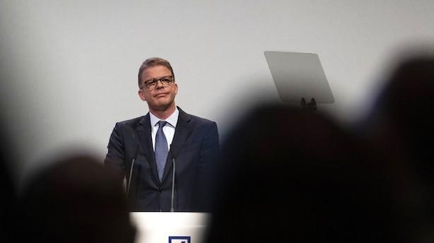 """Deutsche Bank-boss varsler om """"hårde nedskæringer"""""""