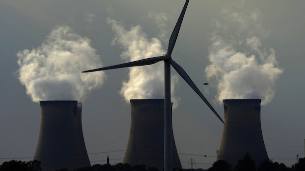 Morgenbriefing: Udledningen af drivhusgasser stiger, ejer trækker 9 mia kr ud af dansk medikokæmpe