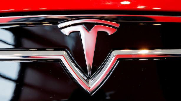 Aktieluk i USA: Tesla-aktien bragede ned i rødt og regnskabstungt marked