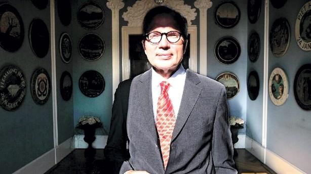 Fritz Schur fortsætter i Dong
