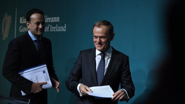 Tusk: Vi kan først tale om brexit når irsk grænse er løst