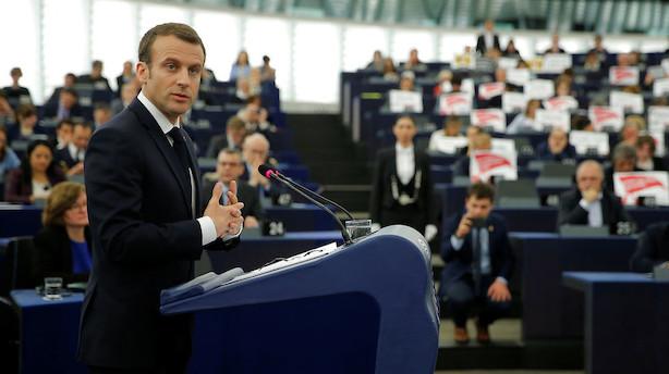 Macron i opråb: Vi skal ikke være en generation af søvngængere