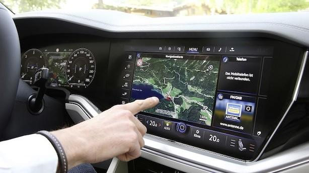 VW-designer vil have din skærm op på forruden og designe interiør til dine børn