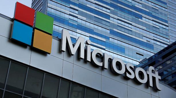 Microsoft overhaler Apple og er igen verdens mest værdifulde selskab