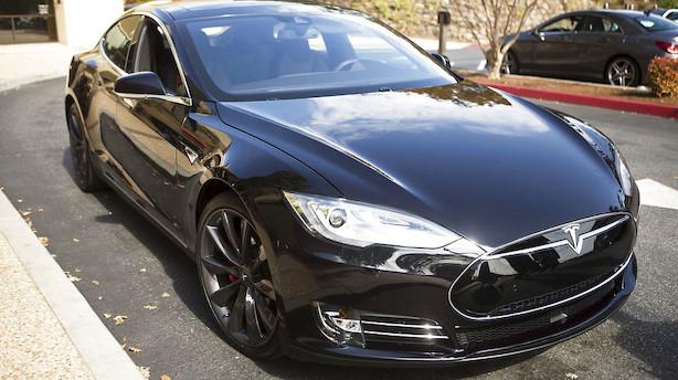 Tesla undersøger eksploderet bil i Shanghai