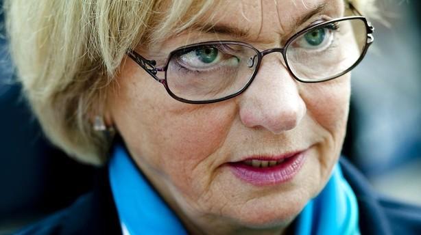 Pia Kjærsgaard går af som partiformand