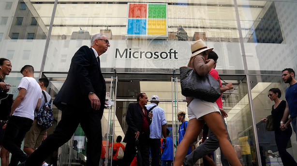 Microsoft runder 1 billion dollar i markedsværdi