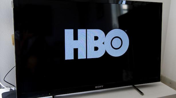Morgenbriefing: Traditionelt TV i frit fald, store it-firmaer taber omsætning til det offentlige
