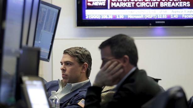 Aktier i USA: Store kurshug fredag - frygt for væksten