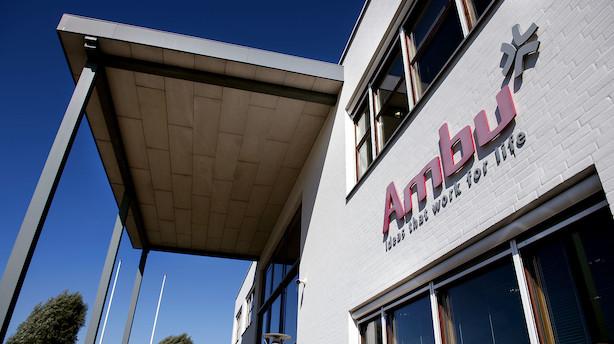 Toplæger skyder Ambus væksthåb ned