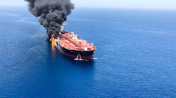 Aktiestatus: Danske Bank i bunden i rødt marked efter olietankangreb