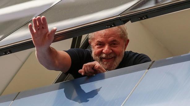 Tidligere præsident Lula bliver løsladt i Brasilien