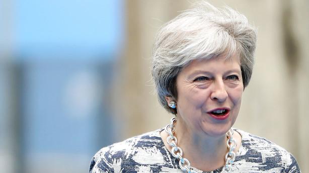 Brexit-hvidbog: May vil sikre visum-fri adgang til Storbritannien