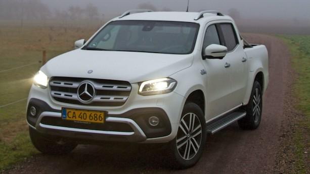 Stor Mercedes overbeviser med skøn brummen fra V6-dieselmotor