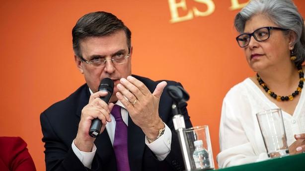 Mexico overvejer modsvar - men foretrækker forhandlinger