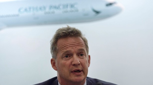 Chef for Hong Kong-flyselskab stopper efter politisk krise