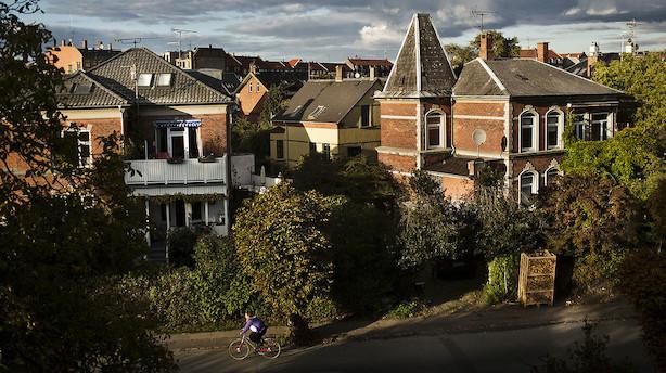 Boligkøberne har fået markant færre huse og lejligheder at vælge imellem