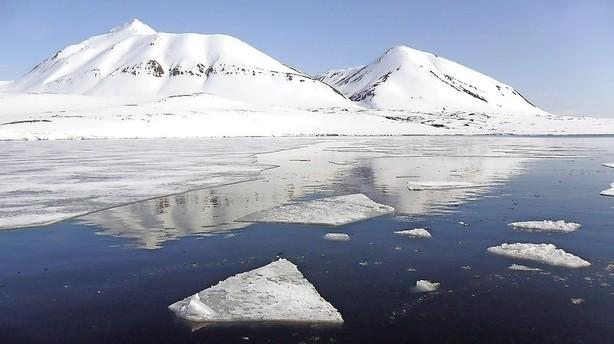 Klimaforskere: Forbrug af fossilt brændstof må halveres hurtigt