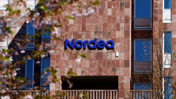 Danske storbanker mister tusindvis af kunder til de små