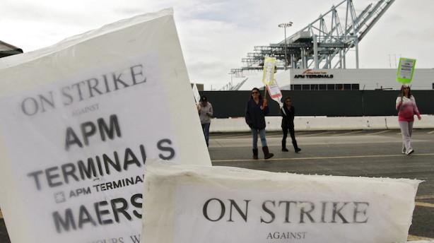 Havnearbejdere i Los Angeles i bitter krig med Mærsk om robotlastbiler