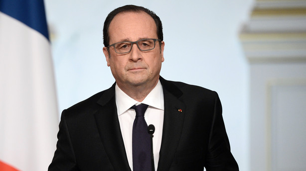 Hollande opgiver lov om at inddrage d�mte terroristers pas