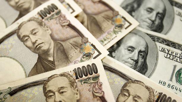 Valuta: Afventende stilstand inden Fed-chefs tale på centralbankmøde